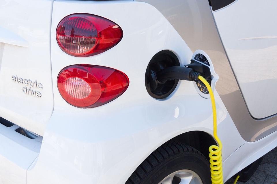 Sostenibilità per il futuro: colonnine ricarica veicoli elettrici